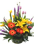 flower arrangements with roses and tulips to Lima, high quality flower designs to Peru